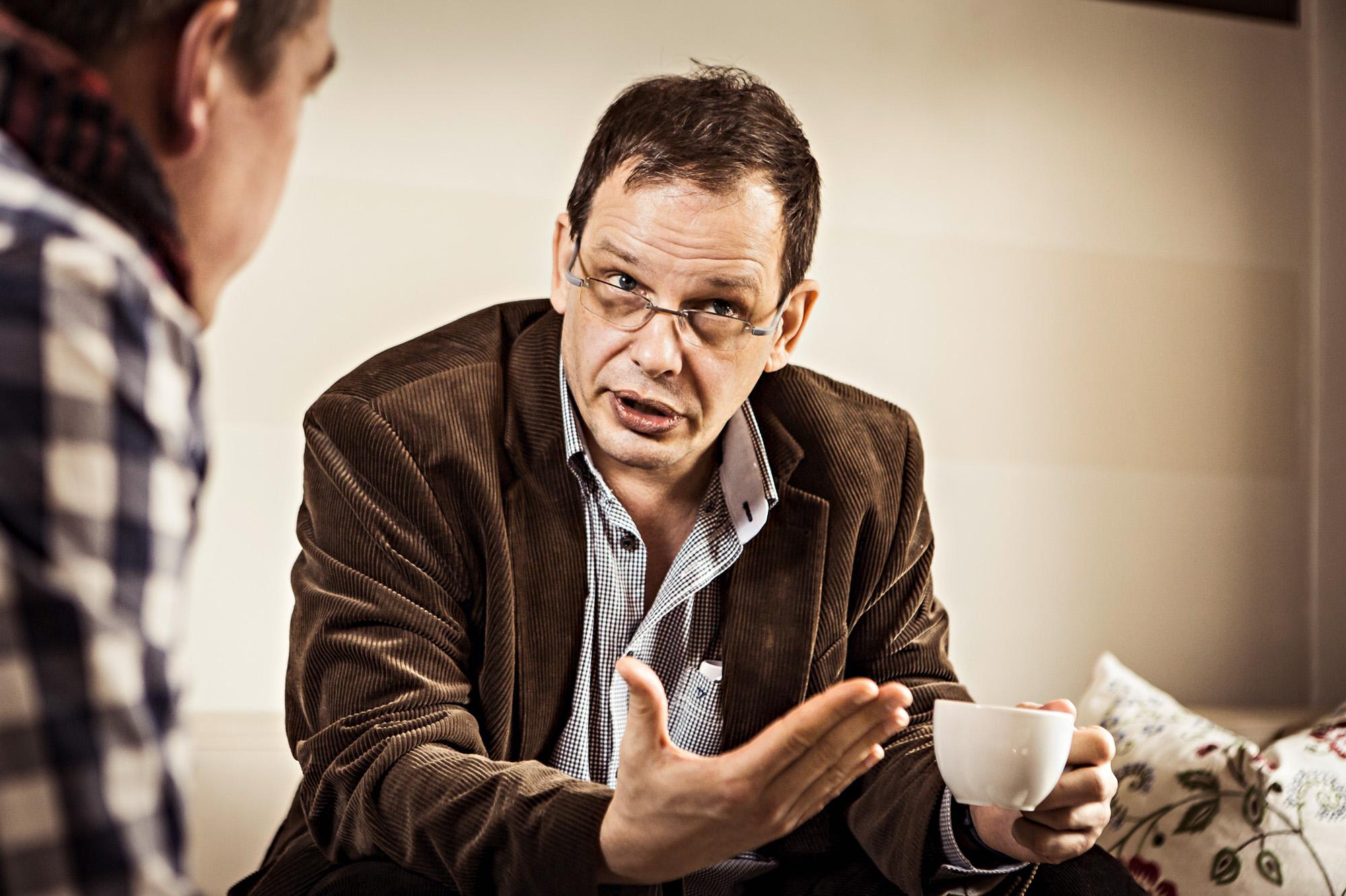 ARD-Dopingexperte Hajo Seppelt im Interview mit Daniel Beck und Jens Vögele